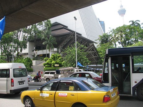 Những điều biết khi đi du lịch Malaysia - Taxi