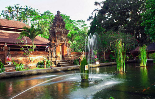 Tour Singapore Bali 4n3d Tirtha Empul