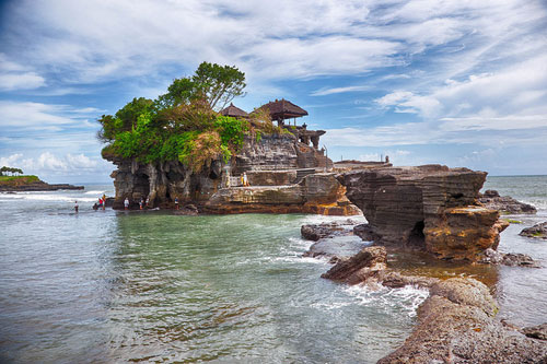 Tour Singapore Bali 4n3d Tanah Lot